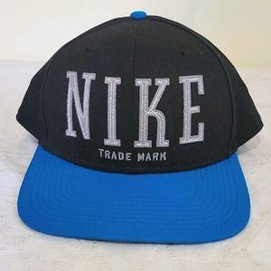 Nike Snap Back Hat